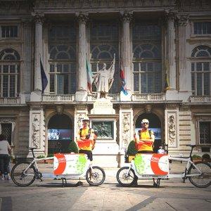 """Il corriere si alza sui pedali, in centro arrivano le """"cargo bike"""""""