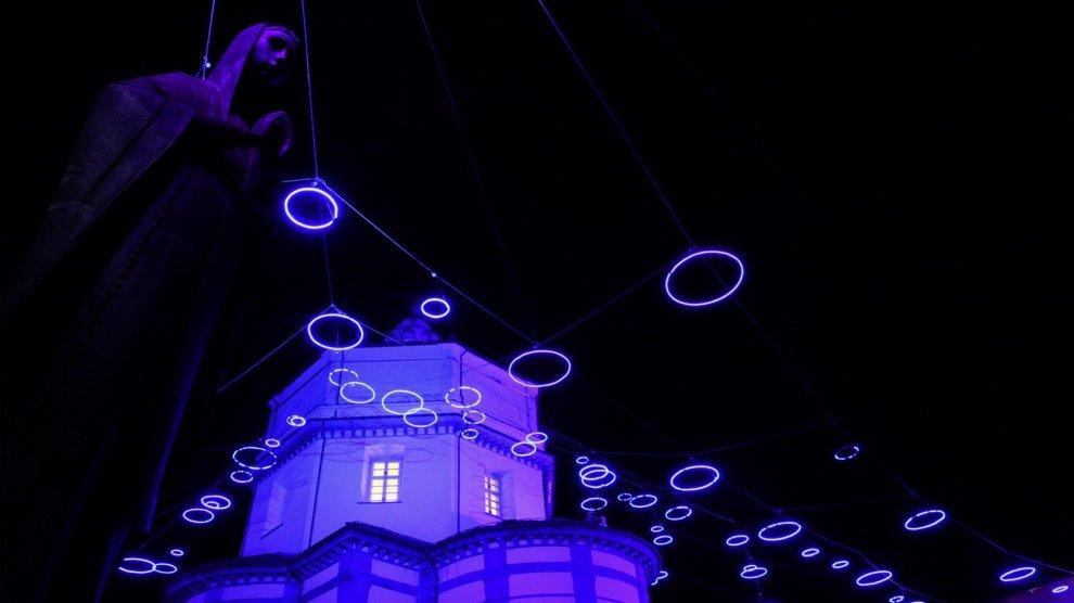 Arriva novembre, Torino s'illumina di Luci d'artista