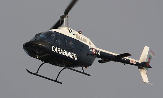 Elicottero 7 Posti : Rapina in gioielleria caccia ai banditi elicottero