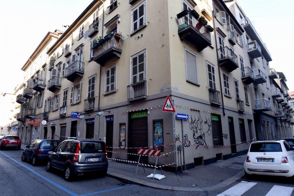 Crollo in via del carmine le immagini dell 39 edificio for Piani dell edificio per la colazione