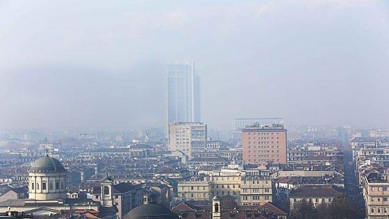 Smog alle stelle, Torino offre due giorni di bus e metrò gratis