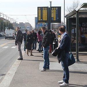 Torino vara il biglietto unico giornaliero per battere lo smog