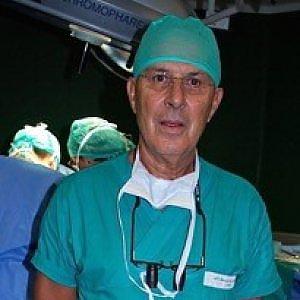 Torino, intervento rivoluzionario: per rimuovere l'ostruzione all'esofago si passa dalla clavicola
