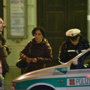 Torino, la consigliera M5s è senza assicurazione: lite con la vigilessa che la multa