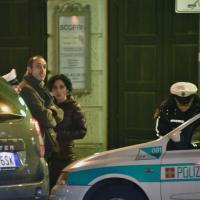 Torino, la lite della consigliera di M5s con i vigili: ecco le immagini
