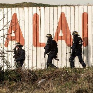 Due universitarie torinesi fermate dai gendarmi dopo la manifestazione pro immigrati a Calais