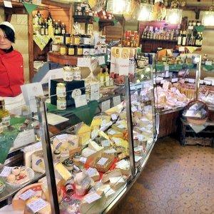 Antipasto piemontese e grandi formaggi: è il menu di Castagno