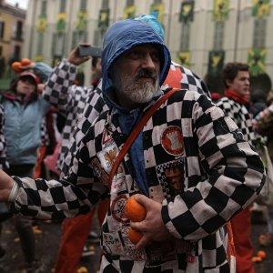 Carnevale d'Ivrea, 70 feriti e un dodicenne ricoverato in coma etilico