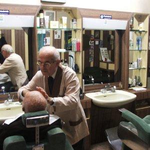 Lavoro nero, due aziende artigiane su tre soffrono in Piemonte la concorrenza sleale