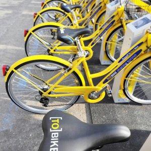 """Torino, pagati per andare al lavoro pedalando: arriva il """"bici incentivo"""""""