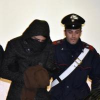 La prof uccisa a Castellamonte, nella notte confessa anche Gabriele ma sua madre nega