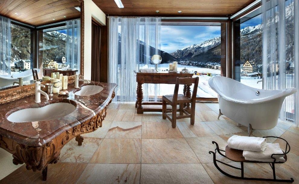 Cogne, bagno panoramico tra le nevi del Gran Paradiso