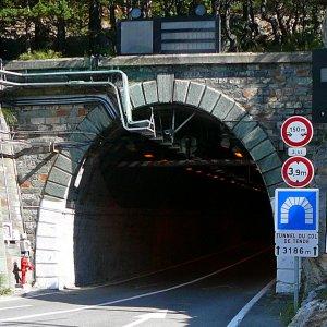 Cuneo, il cantiere più lento del mondo: avanza di 50 centimetri al giorno