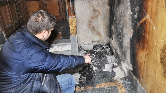 Torino: piromane incendia un passeggino, palazzo evacuato, salvati due gemellini