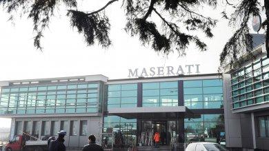 """Maserati, denuncia Fiom: """"Troppi carichi  di lavoro per gli operai: salute a rischio"""""""