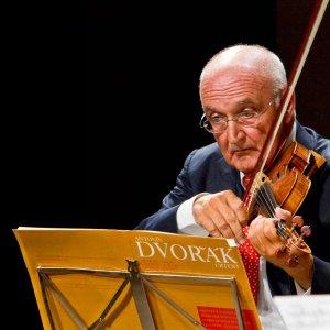 Salvatore Accardo suona al Verdi, Brachetti e le sue illusioni