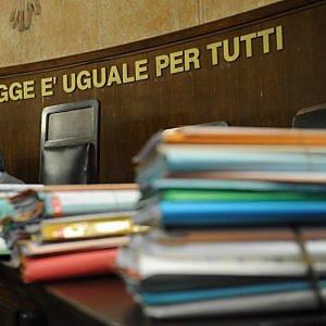 """Torino, giovane accusato di tentato omicidio chiede scusa in aula: """"E' un pedofilo, mi perseguitava"""""""