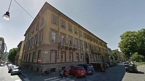 Rubarono gioielli per 8 milioni, 4 arresti a Torino
