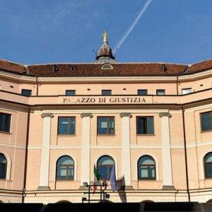 Torino, bracciante romeno morì di caldo: quattro indagati