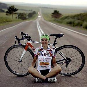 Ivrea, la nuova avventura di  Paola Gianotti: 48 stati in 48 giorni con 48 bici