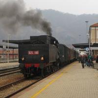 Il treno a vapore torna a sbuffare, solo per i turisti, sulla linea Novara-Varallo