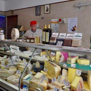 Dal Comté al Bettelmatt i formaggi più nobili li trovi a Carmagnola