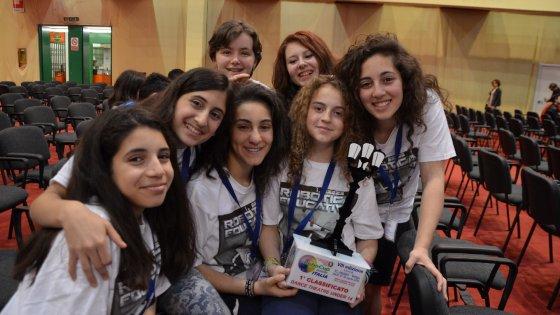 """Le ragazze della robotica cercano sponsor: """"Vogliamo andare ai mondiali"""""""