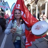 Torino, baristi e recepionist in piazza per chiedere il rinnovo del contratto
