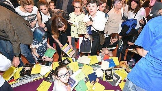 Salone del Libro, il bilancio definitivo: 127 mila bigliettii staccati, più 4 per cento rispetto al 2015