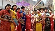 Torino, la moda cinese sfila in piazza Carignano