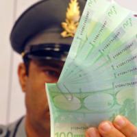 Bustarelle dagli imprenditori controllati, arrestati due finanzieri ad Alessandria