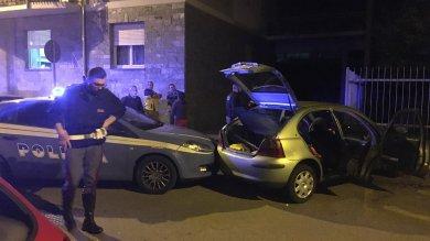 Vercelli: inseguimento da film in centro    all'auto con i ladri, uno finisce in manette
