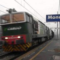 Moncalieri, incendio danneggia centralina: treni in ritardo per tutto il