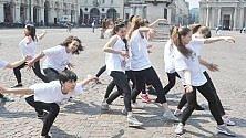 Contraffazione, flash mob dei consumatori  in piazza San Carlo