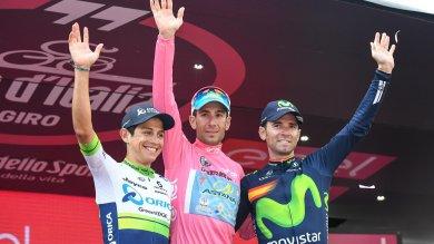 Il Giro sotto la Mole, torinesi in festa     foto     La pioggia non frena l'entusiamo