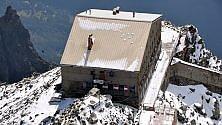 Torna a rivivere  il rifugio che guarda  il Monte Bianco