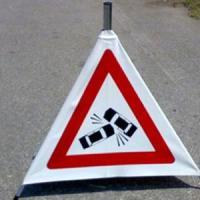 Mondovì, autotreno esce di strada e si ribalta: morto l'autista