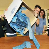 Elezioni comunali a Novara: Ballarè costretto a inseguire il leghista Canelli