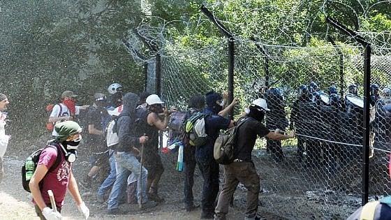 Torino, blitz all'alba della Digos contro i No Tav: venti misure cautelari, undici arresti