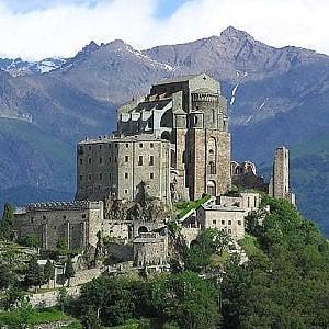 Sacra di San Michele: partono i restauri, ma scarseggiano i soldi. Appello per trovare finanziatori