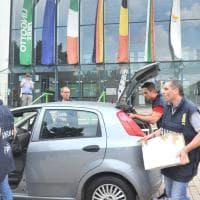 Salone del libro, il blitz di carabinieri e finanzieri a Lingotto Fiere