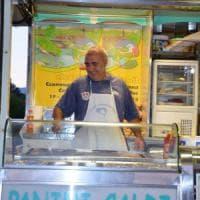 Mongrando, il sindaco paninaro tra palazzo civico e le salamelle