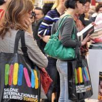 Stand a costi dimezzati e un contributo per l'Aie: le carte di Torino per