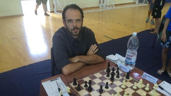 Biella vinceva a scacchi grazie al computer condannato e squalificato il baro ricciardi - Aste immobili biella ...
