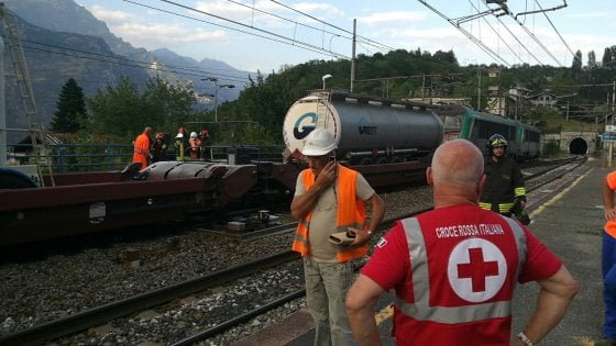 Meana di Susa, incendio a un treno con merci pericolose blocca la Torino-Bardonecchia