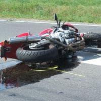 Novara, motociclista trentenne muore nelle schianto con un'auto
