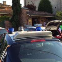 Cuneo, dramma in piscina per recuperare un pallone: morto anche il secondo