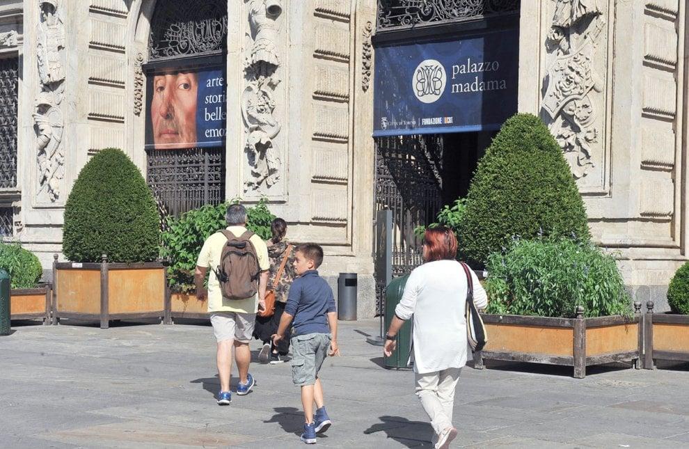 Accenti stranieri tra musei e piazze di torino 1 di 1 for Accenti francesi