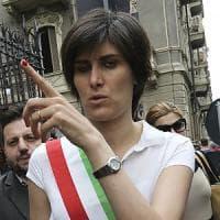 Il Pd torinese non vuole la sindaca Appendino? Alla festa la invitano i compagni di Milano