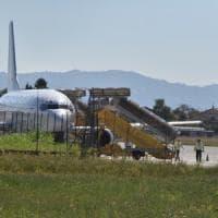 Torino, avaria al motore costringe all'atterraggio d'emergenza un Boeing